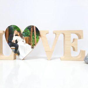 love בלוק מעץ